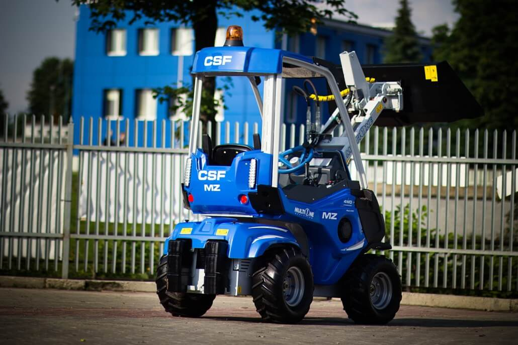 MultiOne mini loader 2 series with bucket3