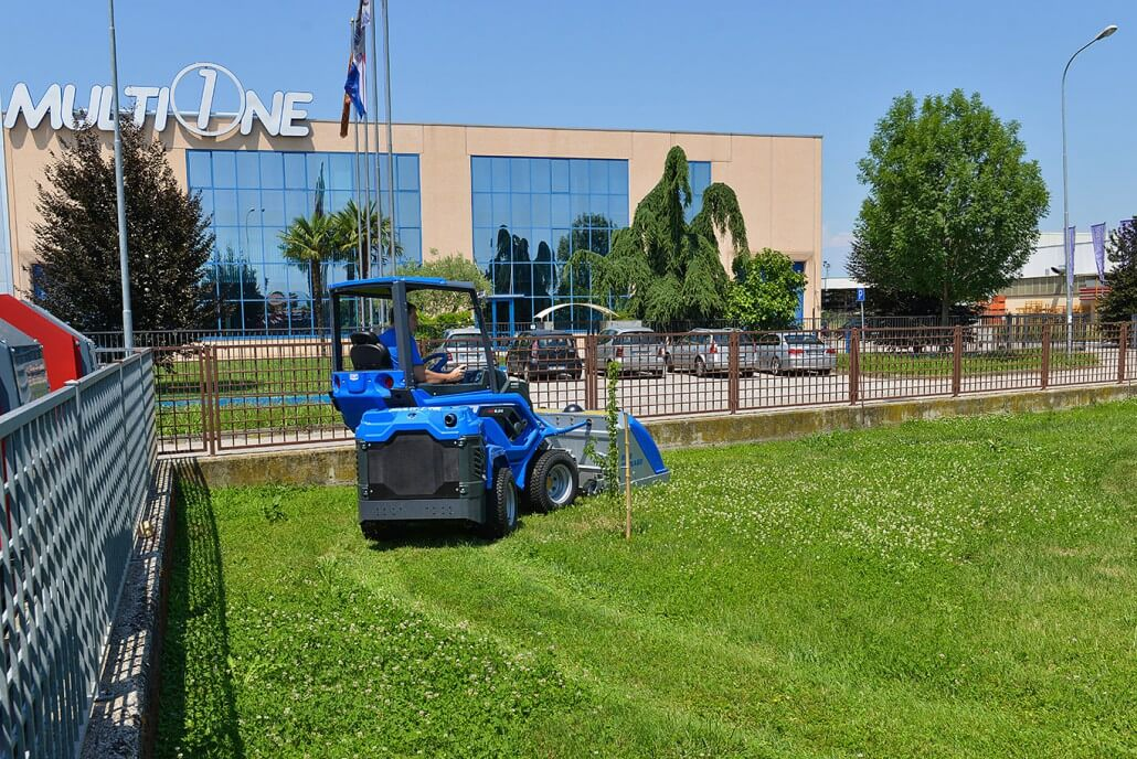 MultiOne mini loader 6 series with tornado lawn mower2